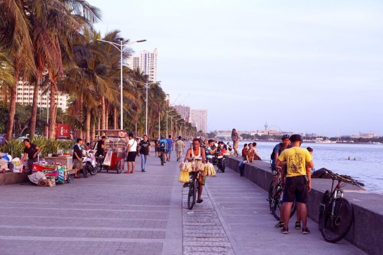 What to do while in Manila